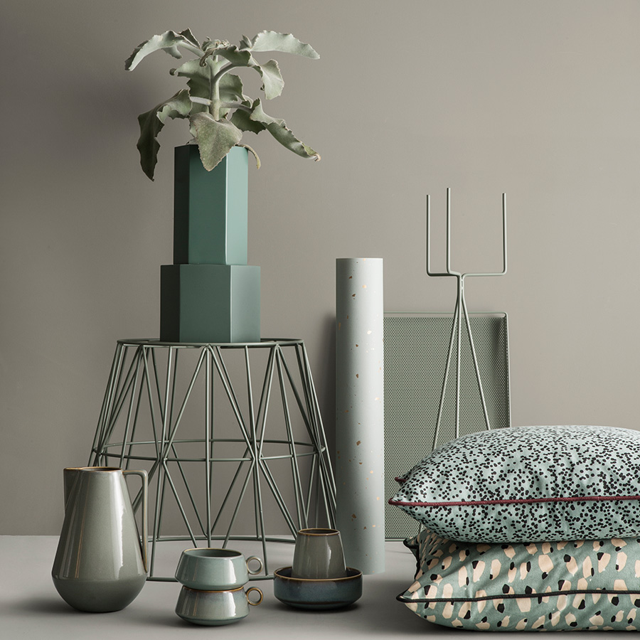 ferm living aufbewahrungskorb dusty green small online. Black Bedroom Furniture Sets. Home Design Ideas