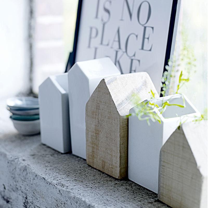 bloomingville holzhaus schwarz gro online kaufen emil paula. Black Bedroom Furniture Sets. Home Design Ideas