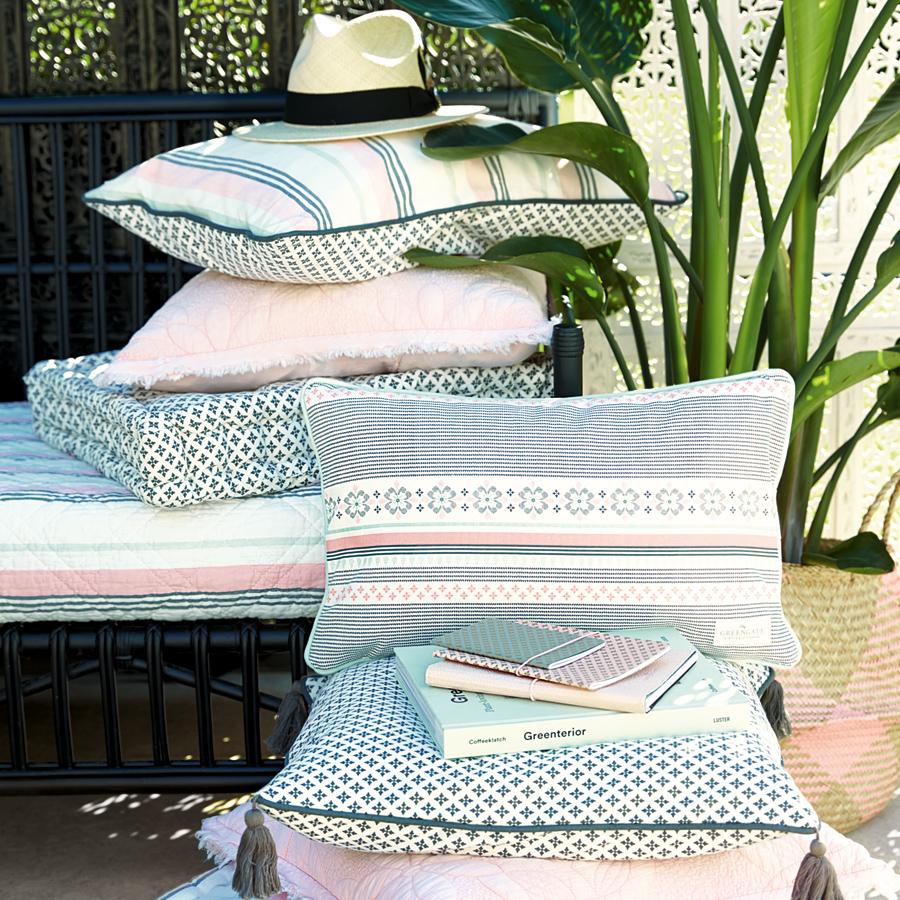 greengate kissenh lle leoma peach 40x60 online kaufen. Black Bedroom Furniture Sets. Home Design Ideas