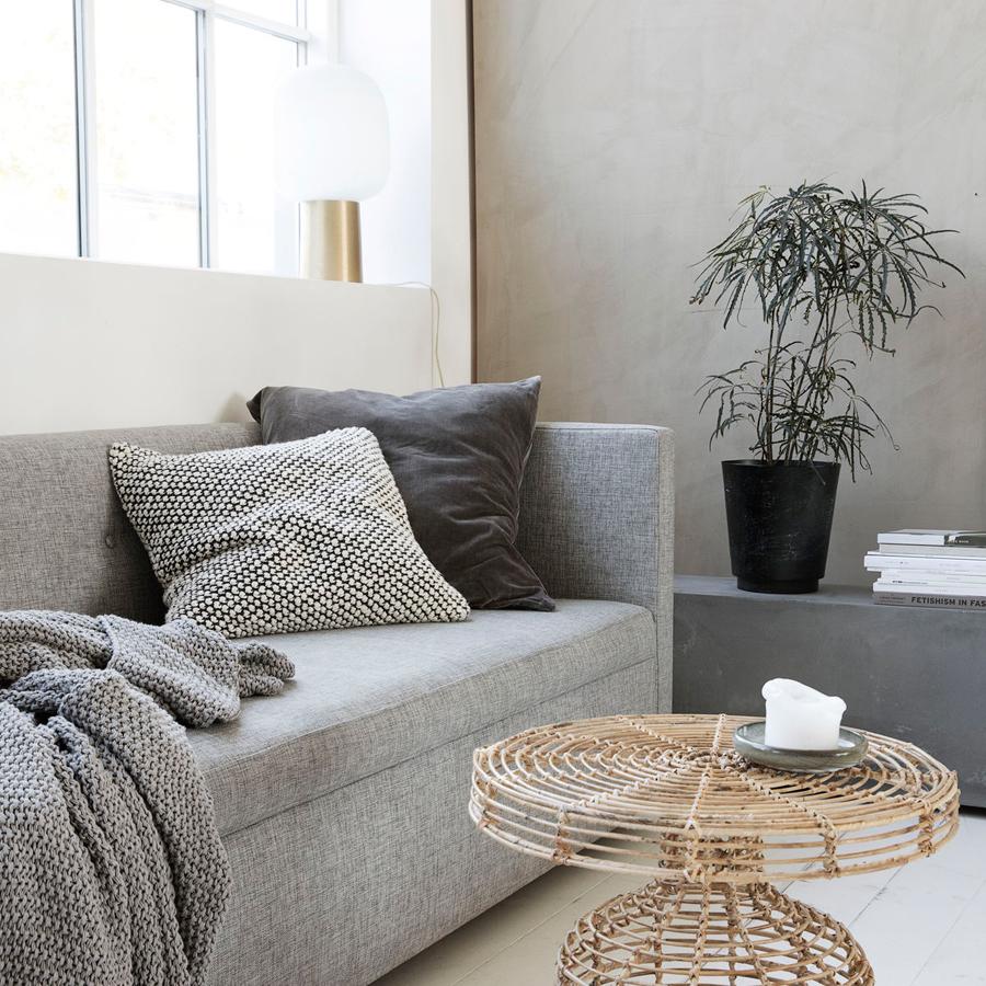 couch kissen 60x60 qool kissenbezug x cm mit baumwolle farben with couch kissen 60x60 cool. Black Bedroom Furniture Sets. Home Design Ideas