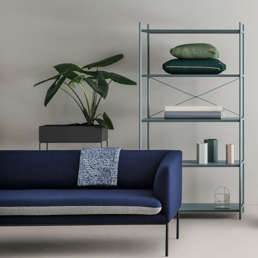 ferm living pflanzenst nder dusty blue online kaufen emil paula. Black Bedroom Furniture Sets. Home Design Ideas