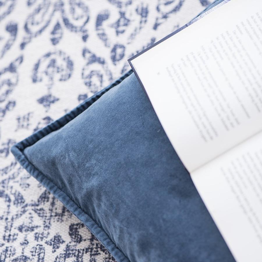 ib laursen teppichl ufer blaues muster online kaufen. Black Bedroom Furniture Sets. Home Design Ideas
